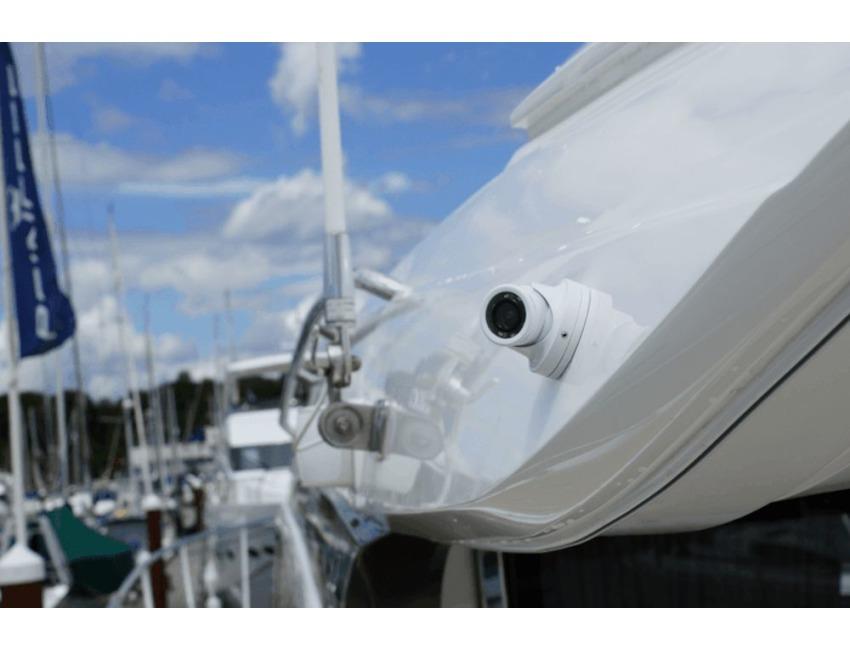 Simrad - NSE - NSS - IR Video Camera - day / night / Engine bay - 000-10930-001 | Accessories ...
